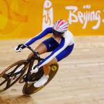 La ciclista Victoria Pendleton, en la pista olímpica de Pekín