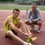 Craig Mottram y el entrenador de triatlón del Victorian Institute of Sport Jonathan Hall
