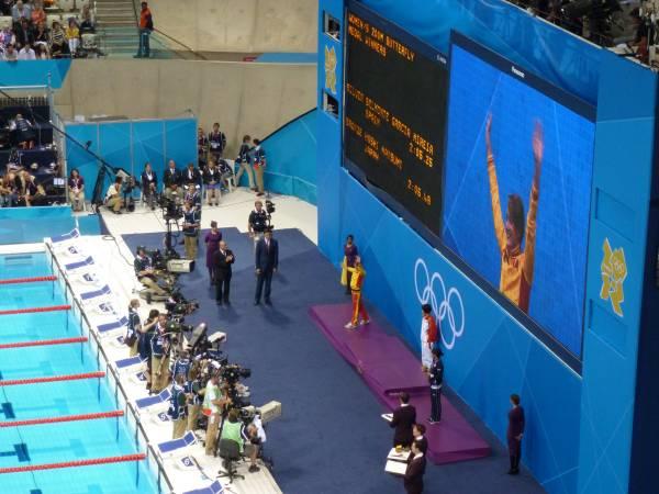 Mireia Belmonte gana la medalla de plata en los 200 metros mariposa (Foto: Iñigo Mujika)